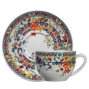 1 Jumbo cup & saucer