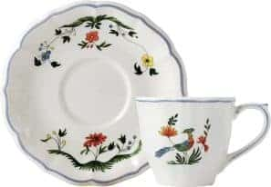 6 US tea cups & scrs