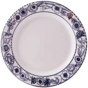 4 Dinner plates